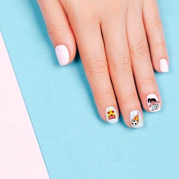Soccer Sporty Nails
